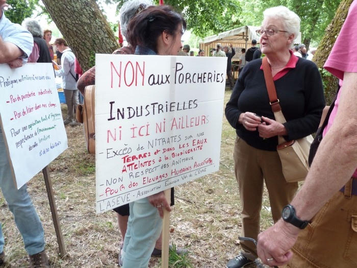 St Symphorien pancartes